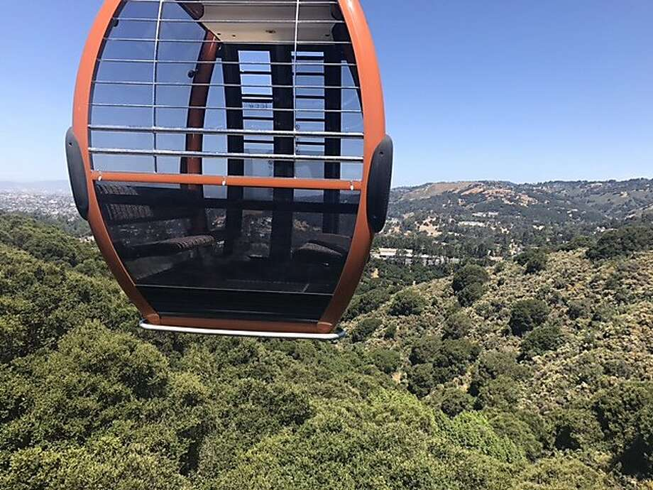 The gondola at the Oakland zoo. Photo: Justin Phillips