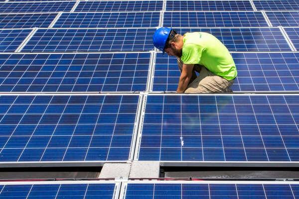 California's Sunrun enters Texas market for rooftop solar
