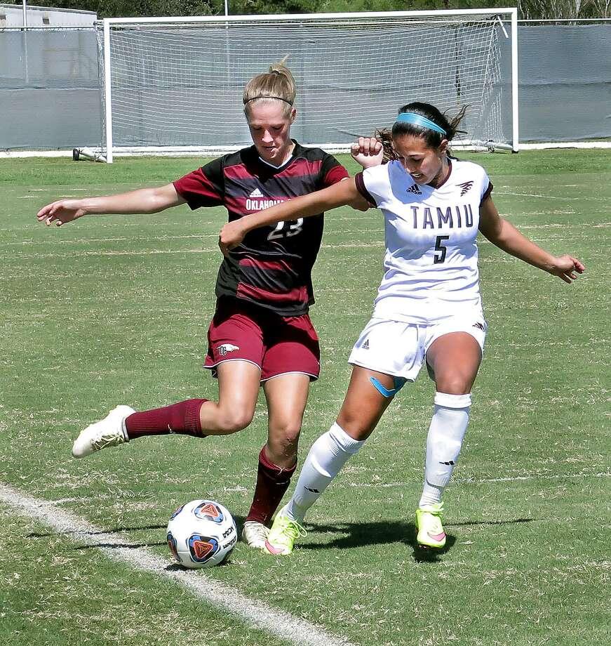 Brenda Garcia and TAMIU open the season in Dallas Aug. 31 against Delta State. Photo: Cuate Santos /Laredo Morning Times File / Laredo Morning Times