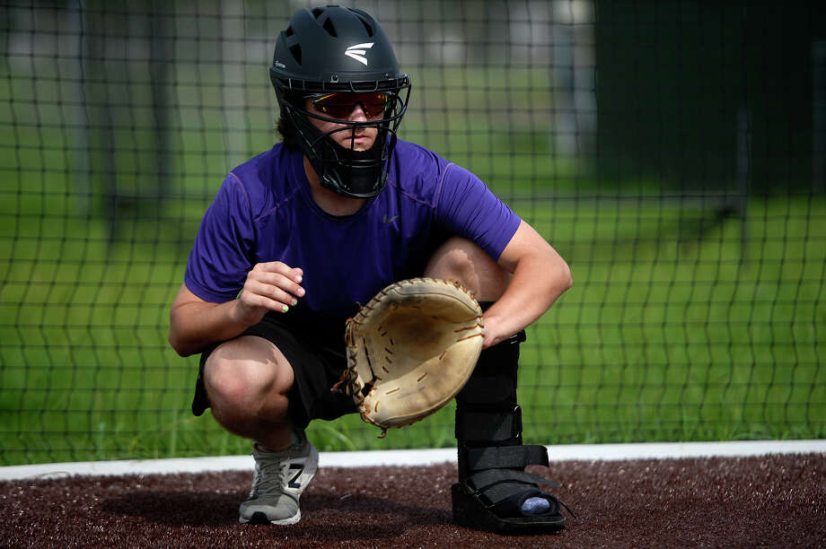 Port Neches-Groves catcher Braxton Boudoin catches in the bullpen during practice on Monday. The team will play in the state semi-finals on Thursday.  Photo taken Monday 6/5/17 Ryan Pelham/The Enterprise Photo: Ryan Pelham / ©2017 The Beaumont Enterprise/Ryan Pelham