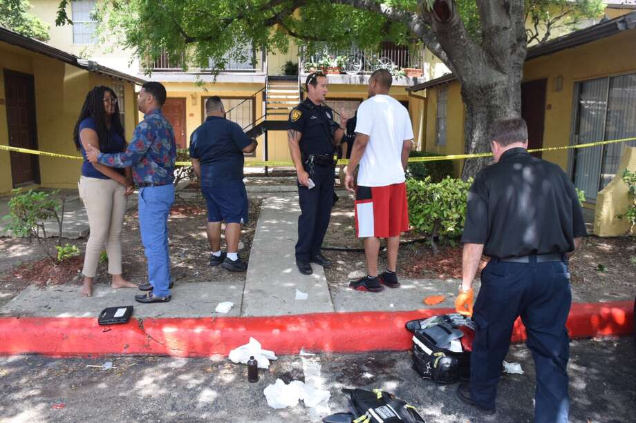 Police on Monday, June 5, 2017, responded to a shooting in progress in the 2100 block of NE Loop 410. Photo: Caleb Downs / San Antonio Express-News