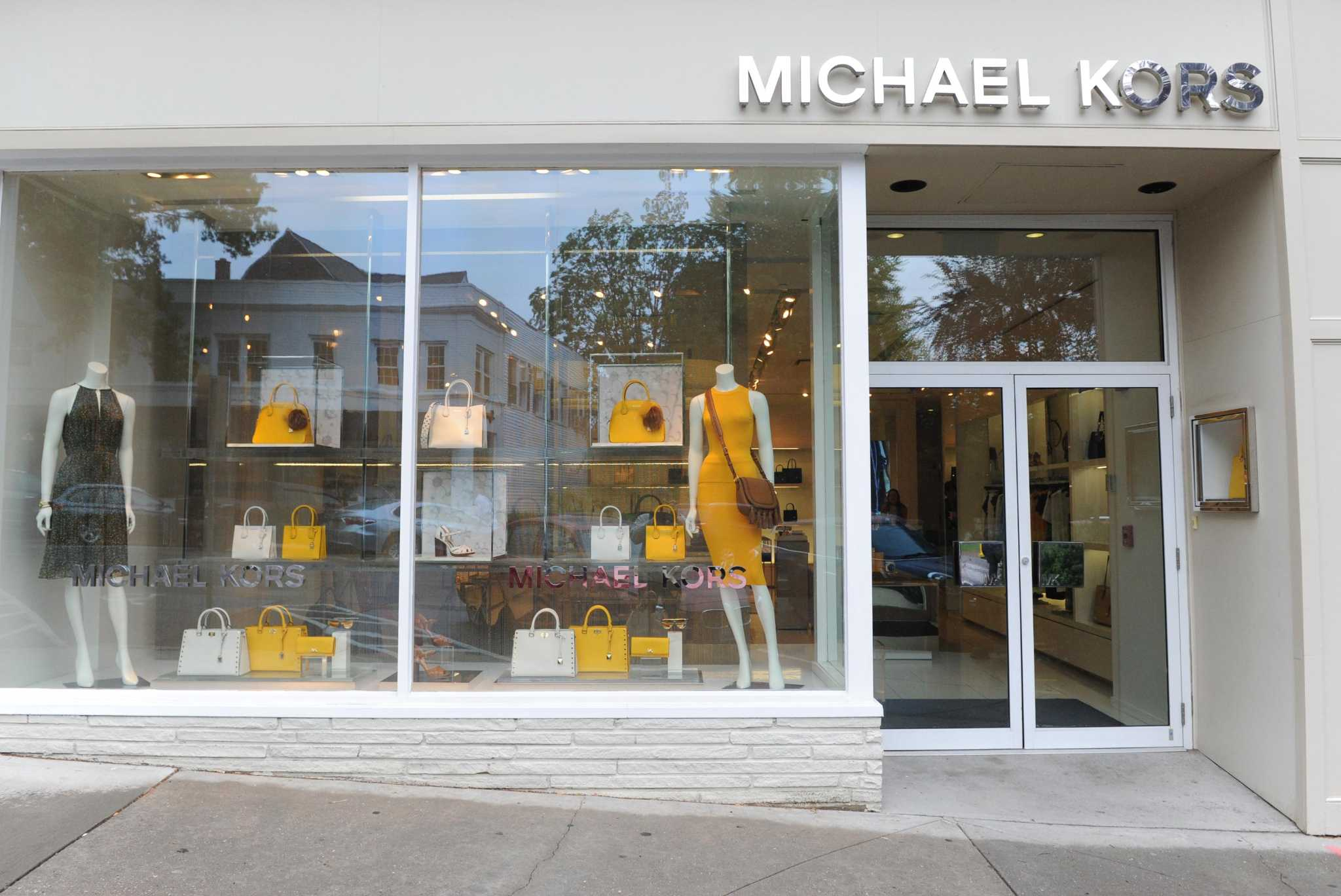 for rent michael kors greenwich avenue space