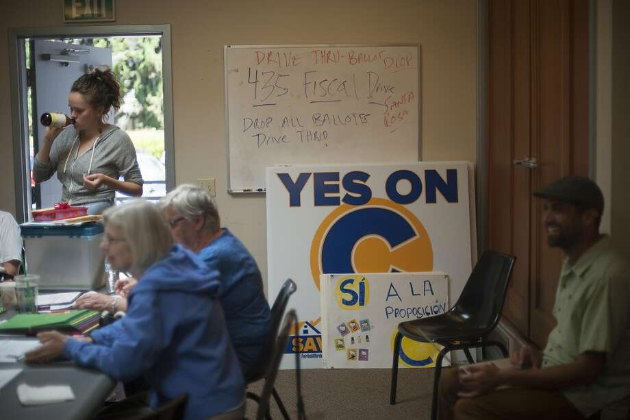 Signs for a special election about Measure C, which would have established rent and eviction control in Santa Rosa. Voters rejected the measure. Photo: Brian L. Frank, Special To The Chronicle