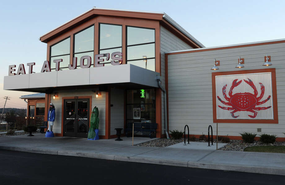 PHOTOS: Tilman Fertitta's business empireTilman Fertitta has won the assets of Ignite Restaurant Group, which operates Joe's Crab Shack, in a bankruptcy auction.>>>See what else is in Fertitta's portfolio ... Photo: Lori Van Buren, STAFF PHOTOGRAPHER / ONLINE_YES