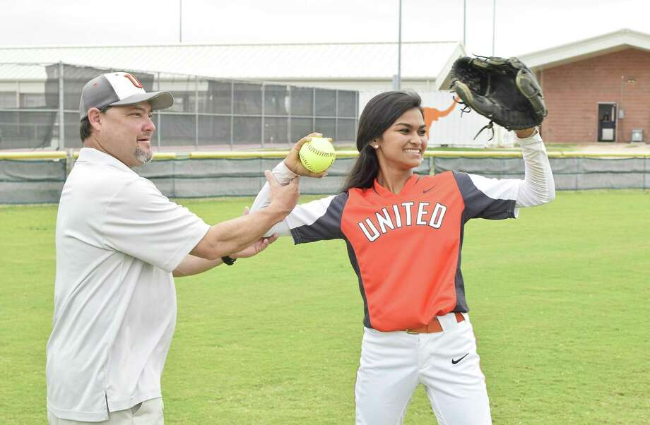 United head coach Javier Morin led Daniela Ybañez and the Lady Longhorns to a 3-2 victory over McAllen Memorial for the first bi-district title in team history. Photo: Ulysses S. Romero /Laredo Morning Times / Laredo Morning Times