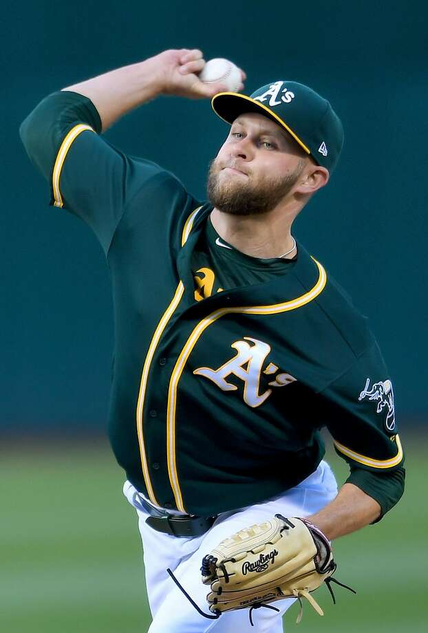 Jesse Hahn of the Oakland Athletics pitches against the Toronto Blue Jays in the top of the first inning at Oakland Alameda Coliseum on June 6, 2017 in Oakland, California. Photo: Thearon W. Henderson, Getty Images