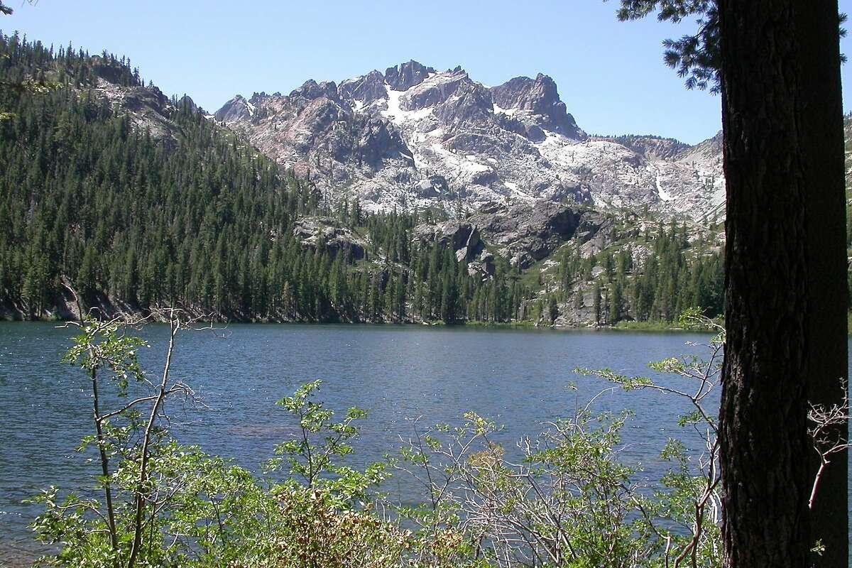 Sierra Nevada recreation sites become a weekend destination
