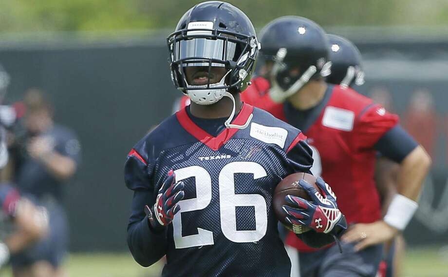Texans running back Lamar Miller (26) runs with the ball during the team's organized team activity at training facility on May 31, 2017, in Houston. Photo: Bob Levey /Associated Press / Internal