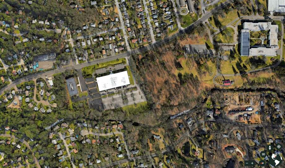 A Google Earth image shows the area, lodging between two office complexes, where BLT wants to build 800 units of housing off Long Ridge Rd. in Stamford, Conn. on Wednesday, June 7, 2017. Photo: Google Earth / Contributed Photo / Stamford Advocate  contributed