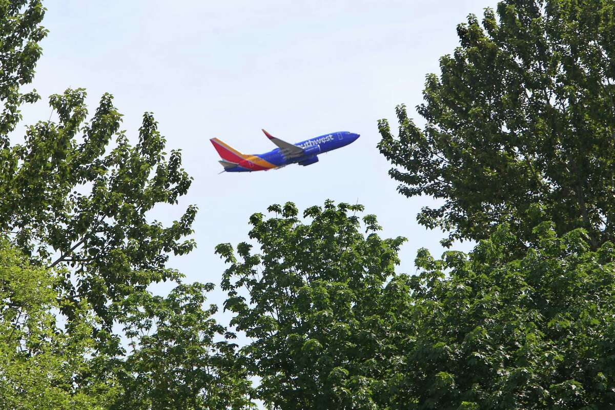 Southwest Airlines announced Thursday it would offer up to five daily commercial flights from Everett's Paine Field.