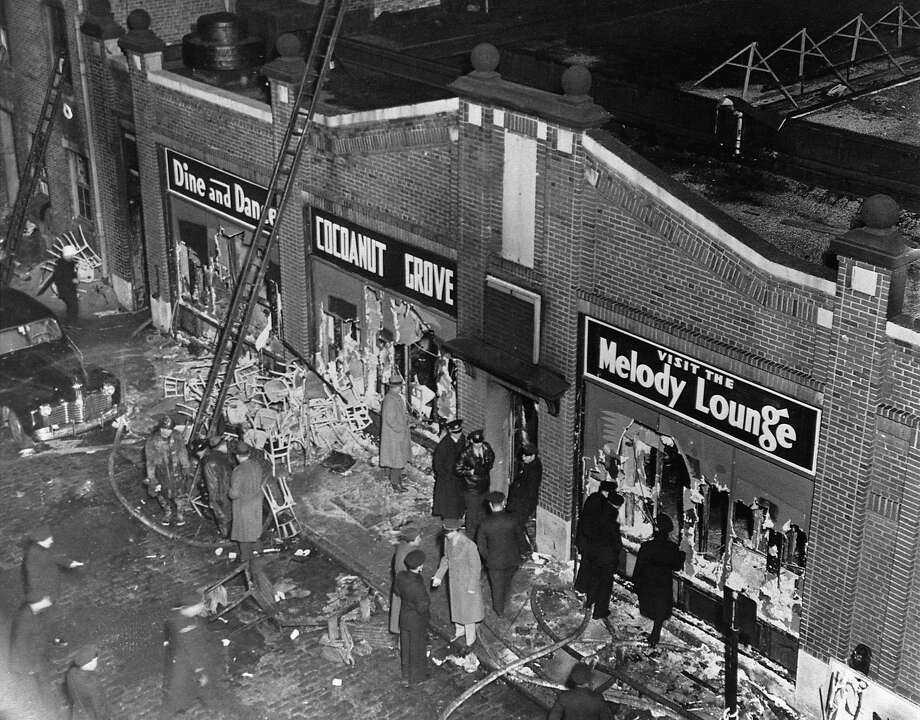 Police, firemen and the curious gather at the Cocoanut Grove nightclub in Boston, where 492 people died in a fire on Nov. 29, 1942. Photo: Bettmann, Bettmann Archive