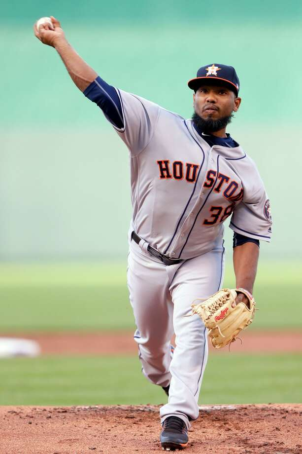 KANSAS CITY, MO - JUNE 07:  Starting pitcher Dayan Diaz #38 of the Houston Astros warms up prior to the start of the the game against the Kansas City Royals at Kauffman Stadium on June 7, 2017 in Kansas City, Missouri.  (Photo by Jamie Squire/Getty Images) Photo: Jamie Squire/Getty Images