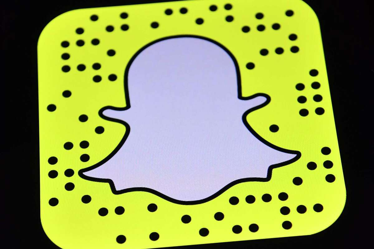 Snap Inc. stock fell as much as 6.4 percent to $18.31 Thursday in New York, the biggest intraday decline since May 11, the day after Snap's earnings report showed the company missed user growth and sales estimates. The shares sold for $17 a piece when the company went public in March.