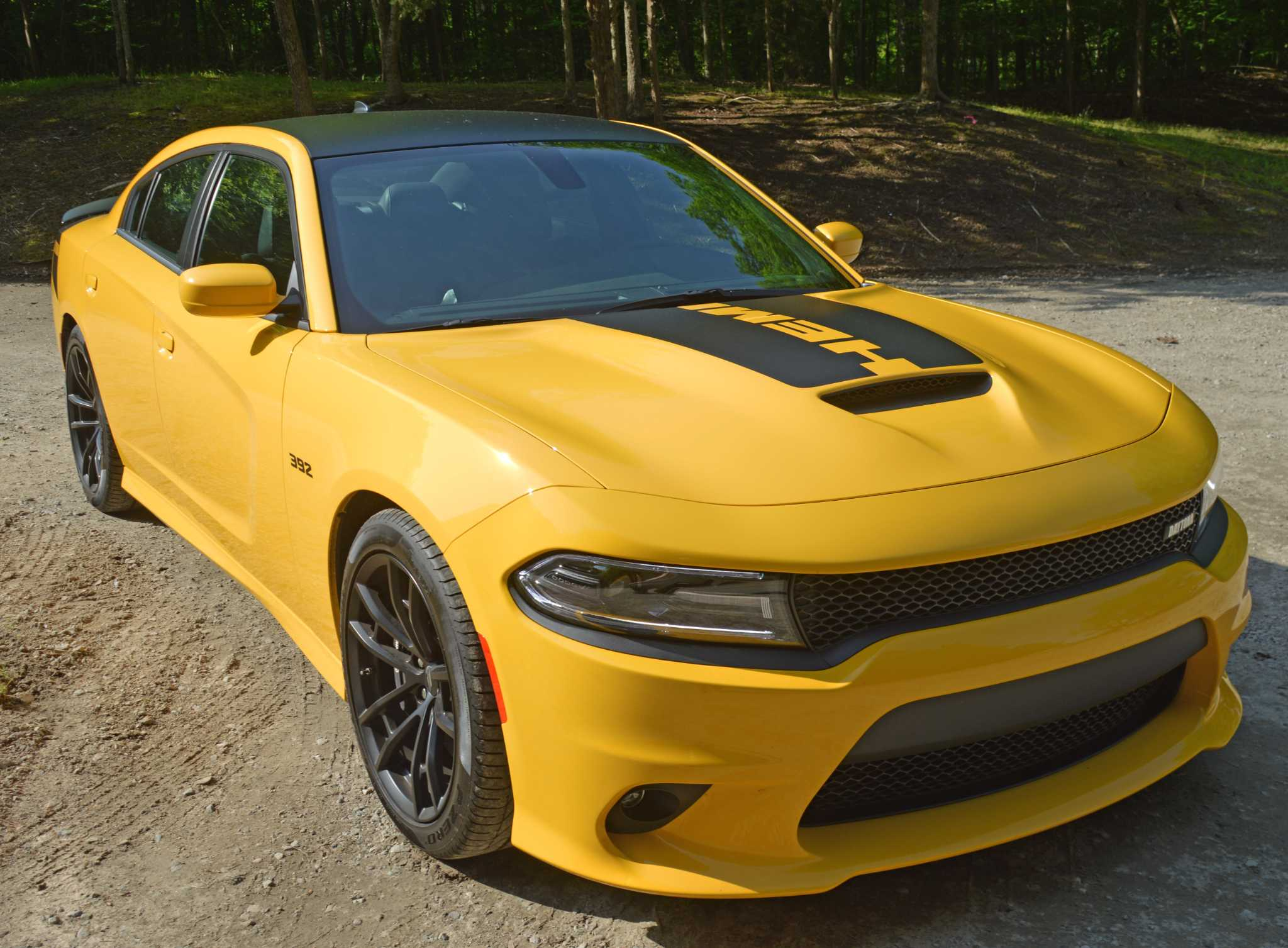 Charger gets new performance-oriented version for 2017