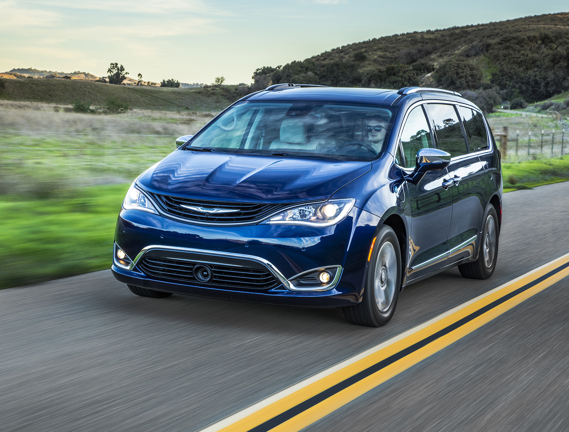 Chrysler's hybrid minivan can go 33 miles without gas