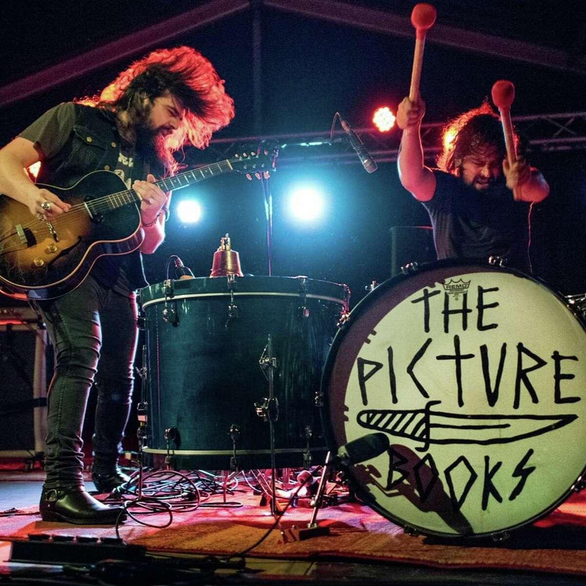 German garage rock duo of guitarist Claus Grabke and drummer Fynn Philipp Mirtschink arrives touting its latest album,