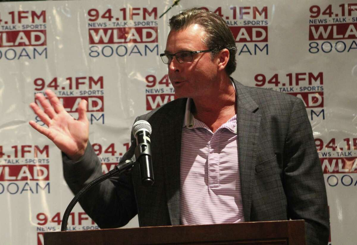Former New York Met Tim Teufel talks to the audience at the Danbury Westerners' 23rd-annual celebrity breakfast at the Amber Room Colonnade in Danbury June 9, 2017.