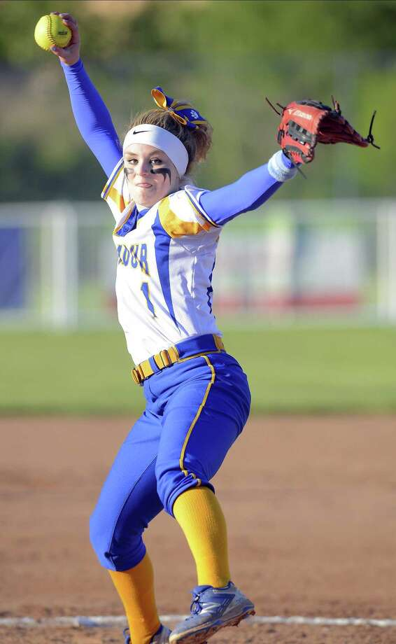 Many New Faces But Seymour Softball Plays For Another Title