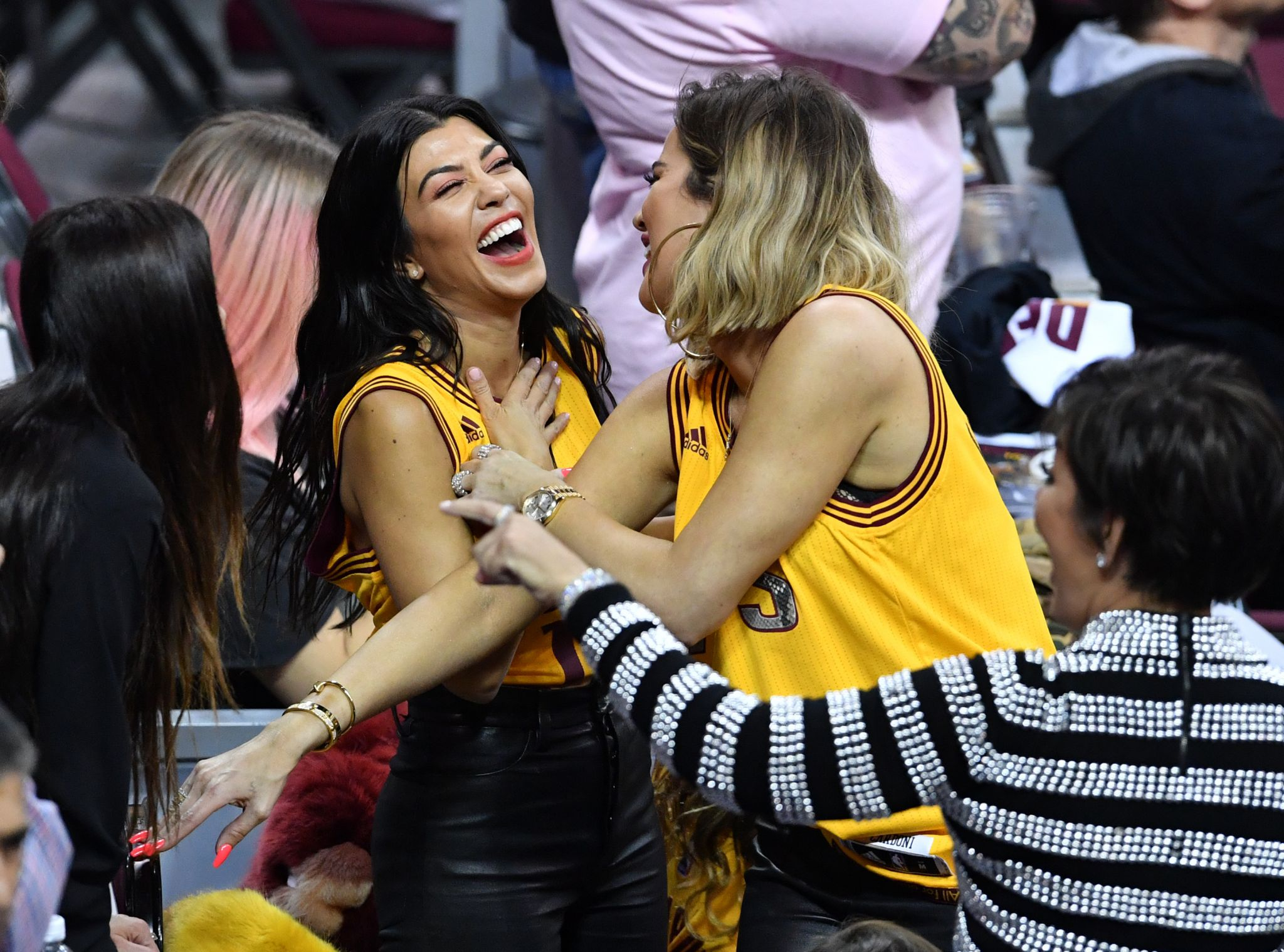 Kardashians Cause A Stir At Game 4 Of Nba Finals Jeff Van