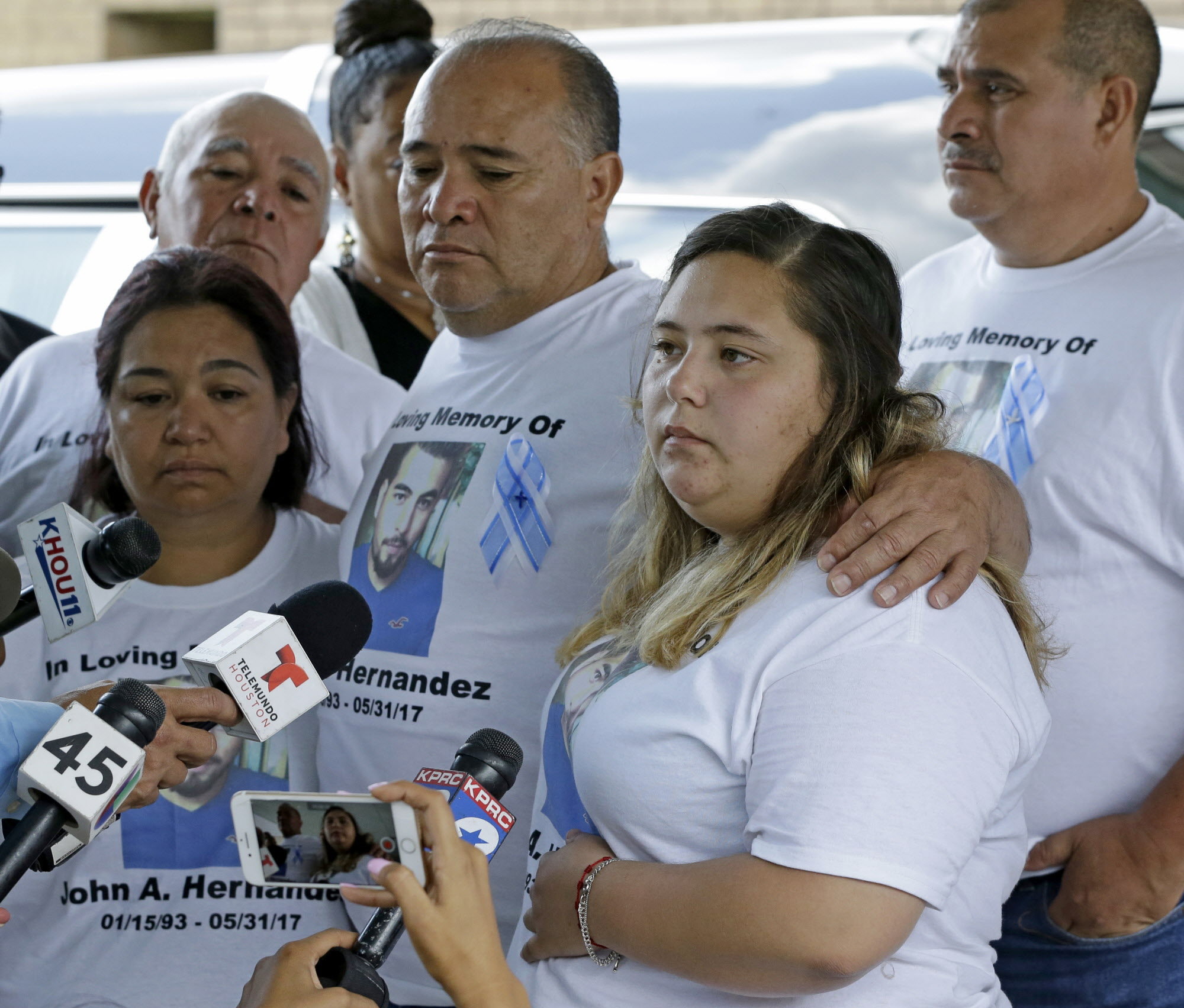 John hernandez state farm agent - Funeral Held For Man Who Died After Altercation At Denny S In Crosby Houston Chronicle