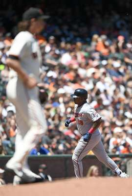 SAN FRANCISCO, CA - JUNE 10:  Kennys Vargas #19 of the Minnesota Twins trots around the bases after hitting a solo home run off of Jeff Samardzija #29 of the San Francisco Giants in the top of the fourth inning at AT&T Park on June 10, 2017 in San Francisco, California.  (Photo by Thearon W. Henderson/Getty Images)