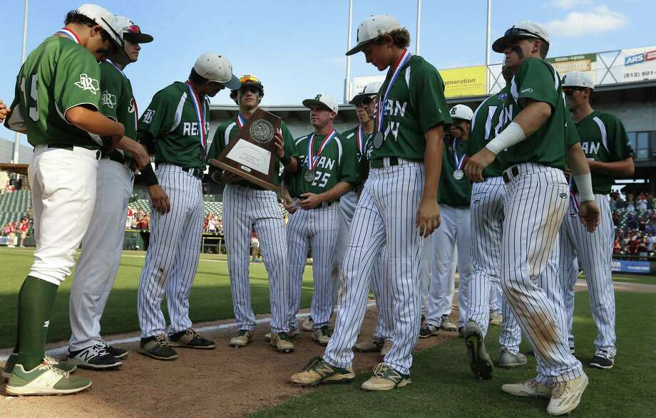 Reagan players stand with their silver medals and runner-up trophy after falling to Deer Park 7-2 in the Class 6A state final. Photo: Stephen Spillman / Stephen Spillman / stephenspillman@me.com Stephen Spillman