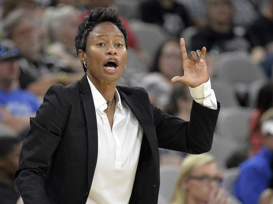 Stars coach Vickie Johnson yells to her players during the second half against the Chicago Sky on June 10, 2017, in San Antonio. Photo: Darren Abate /For The Express-News / Darren Abate