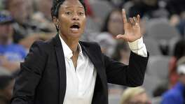Stars coach Vickie Johnson yells to her players during the second half against the Chicago Sky on June 10, 2017, in San Antonio.