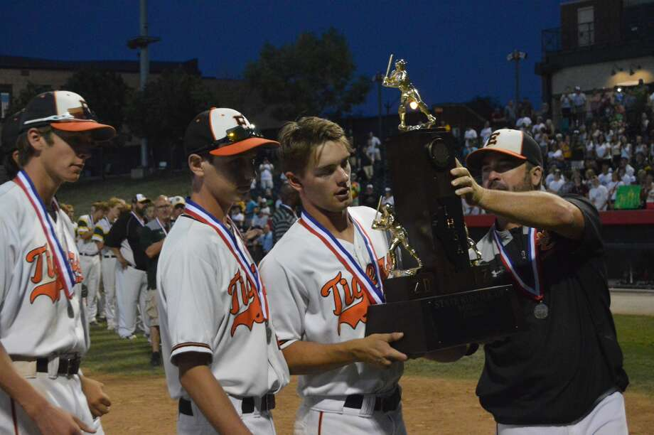 EHS baseball accepts second-place trophy