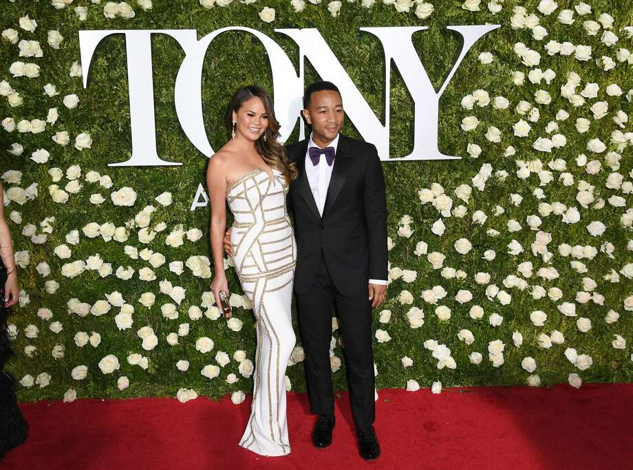 Continue clicking to see the best and worst dressed celebrities at the 2017 Tony Awards. Photo: ANGELA WEISS/AFP/Getty Images