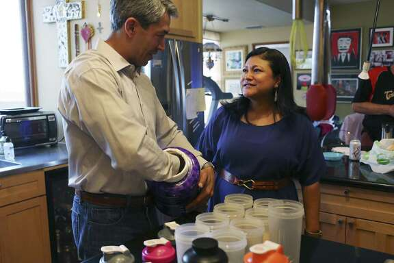 San Antonio Mayor-elect Ron Nirenberg talks with his wife, Erika Prosper, as he makes his protein shakes for the week, Sunday, June 11, 2017. Nirenberg won a run off election against Mayor Ivy Taylor by a 10-point margin on Saturday. He will take office on June 22.