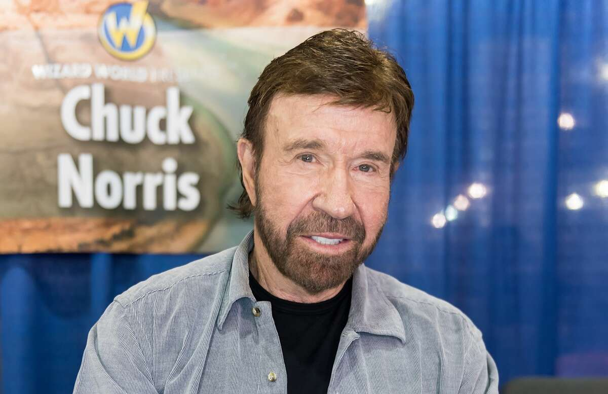 Chuck Norris: Dad to five children. Mike, Eric, Dakota, Dina, and Danilee