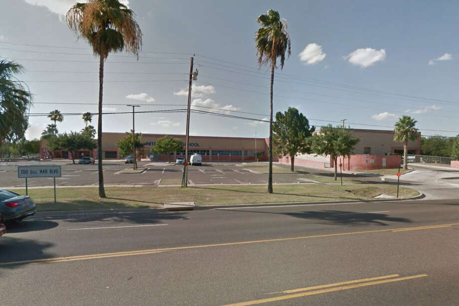 United Middle SchoolGrade: F39 of 39 in Webb County5 out of 5 rating:Amount of phone use while driving          Source: Zendrive Photo: Google Maps/Street View