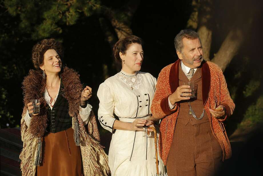 Aude (Juliette Binoche, left), Isabelle (Valeria Bruni Tedeschi) and Andre Peteghem (Fabrice Luchini). Photo: Kino Lorber