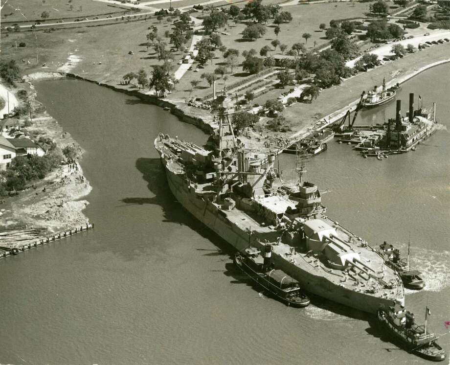 The Battleship Texas is maneuvered into its berth at the San Jacinto Battleground in 1948. / Houston Post files