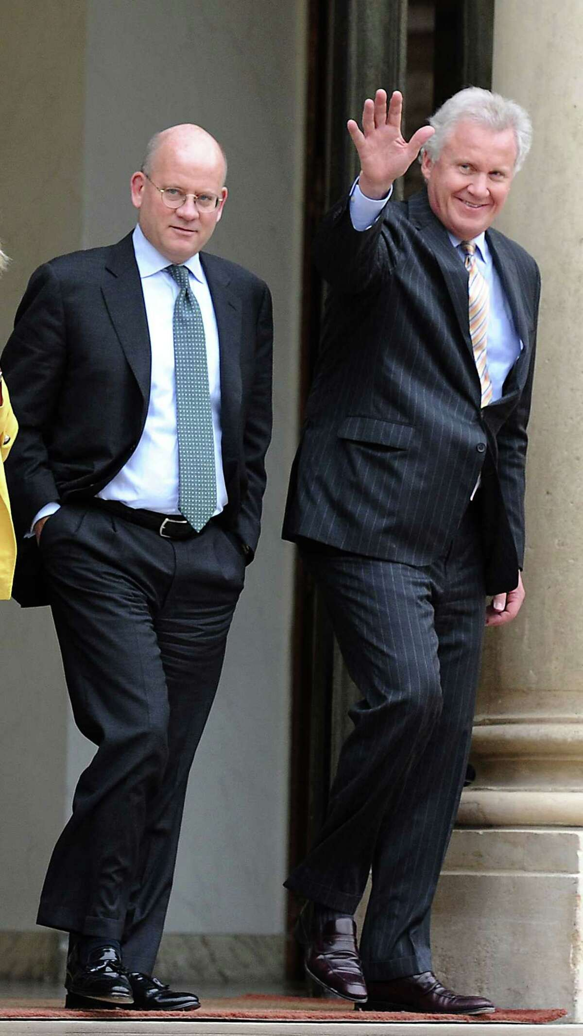 General Electric's chief executive, Jeffrey Immelt, right, is followed in 2014 by a vice president, John Flannery, who will become CEO this summer.