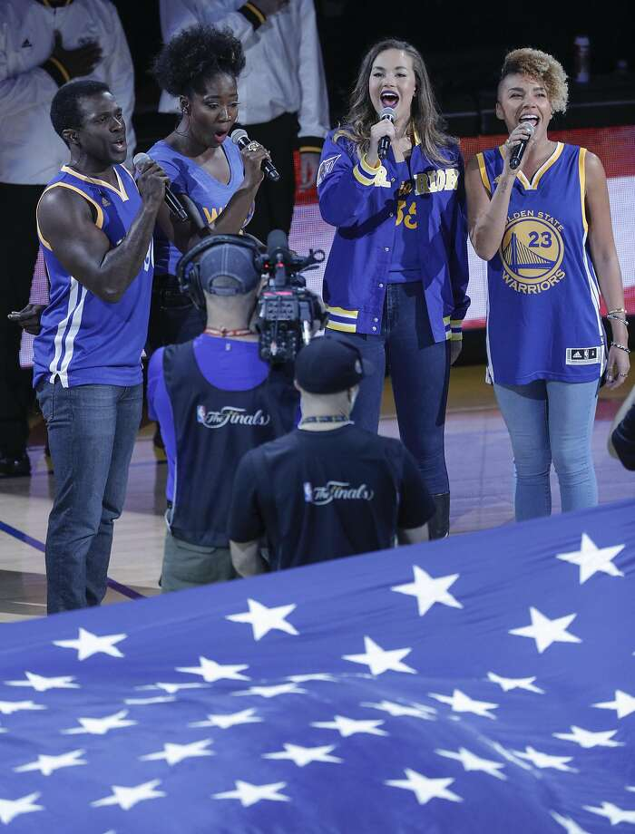 Watch: SF 'Hamilton' cast members sing national anthem at Game 5