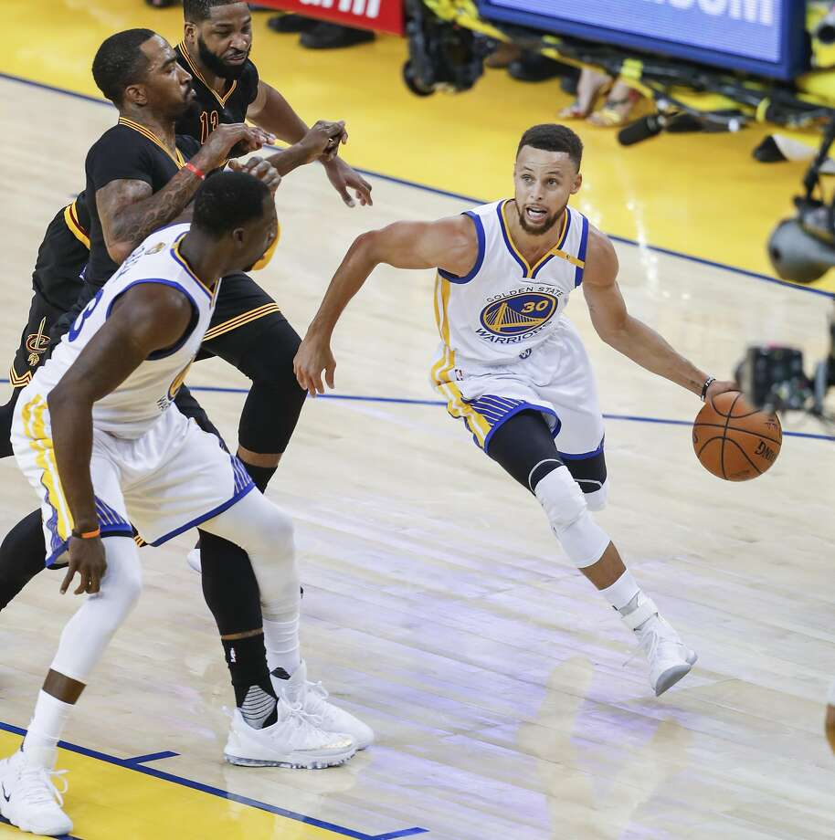 Golden State Warriors' Stephen Curry drives in the first quarter during Game 5 of the 2017 NBA Finals at Oracle Arena on Monday, June 12, 2017 in Oakland, Calif. Photo: Scott Strazzante, The Chronicle