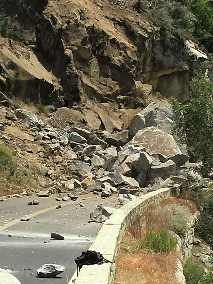 El Portal Road was closed from the Big Oak Flat Road intersection to the Yosemite National Park boundary due to rocks on the roadway. Photo: Yosemite National Park