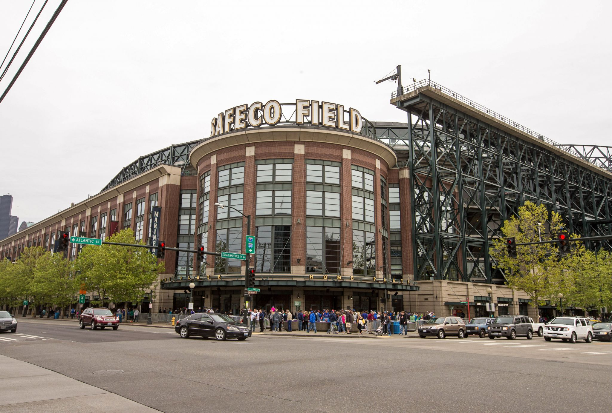 Safeco Field to new name after seattlepi