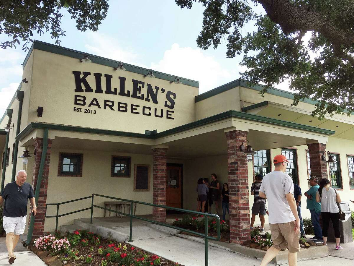 The line forms at Killen's Barbecue around 10:30 a.m. on Tuesday.