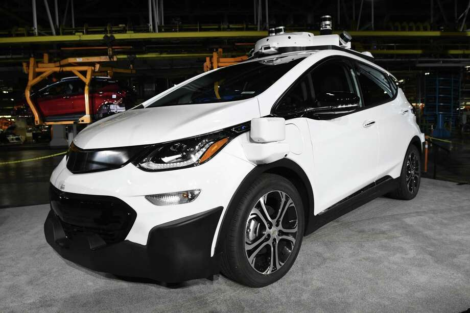 Gm raises output of self driving bolts boosts test fleet for General motors vehicle purchase program