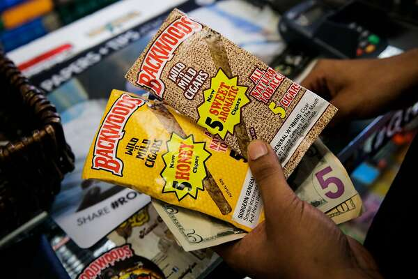 Oakland bans sale of flavored tobacco - SFChronicle com