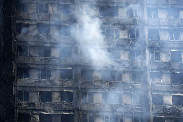 The fire damaged lower floors of the 24 storey residential Grenfell Tower block in Latimer Road, West London on June 14, 2017 in London, England.  The Mayor of London, Sadiq Khan, has declared the fire a major incident as more than 200 firefighters are still tackling the blaze, while at least 50 people are receiving hospital treatment.  (Photo by Carl Court/Getty Images)