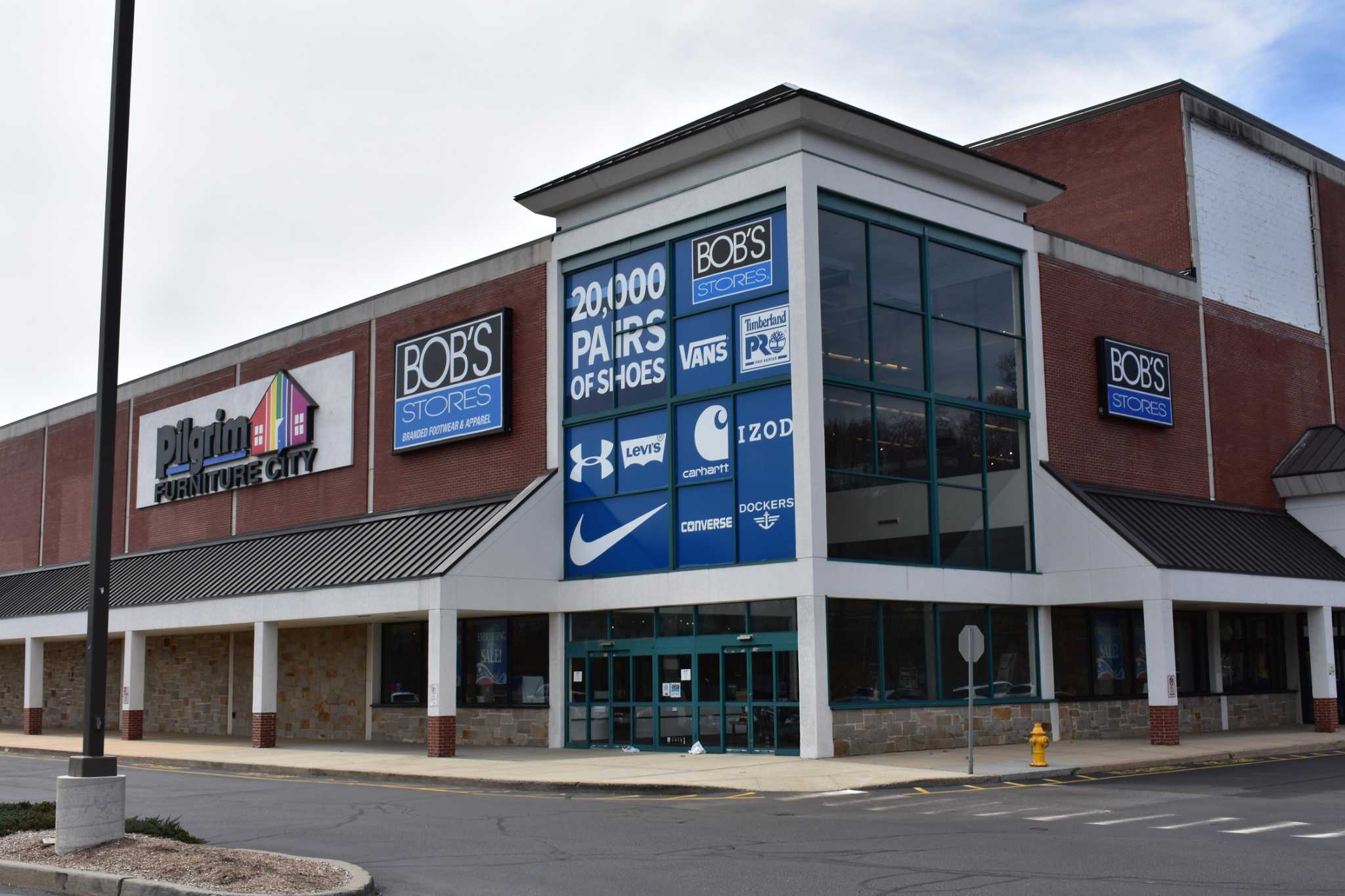 With Danbury Closure At Hand Retailer At New Trailhead Stamfordadvocate