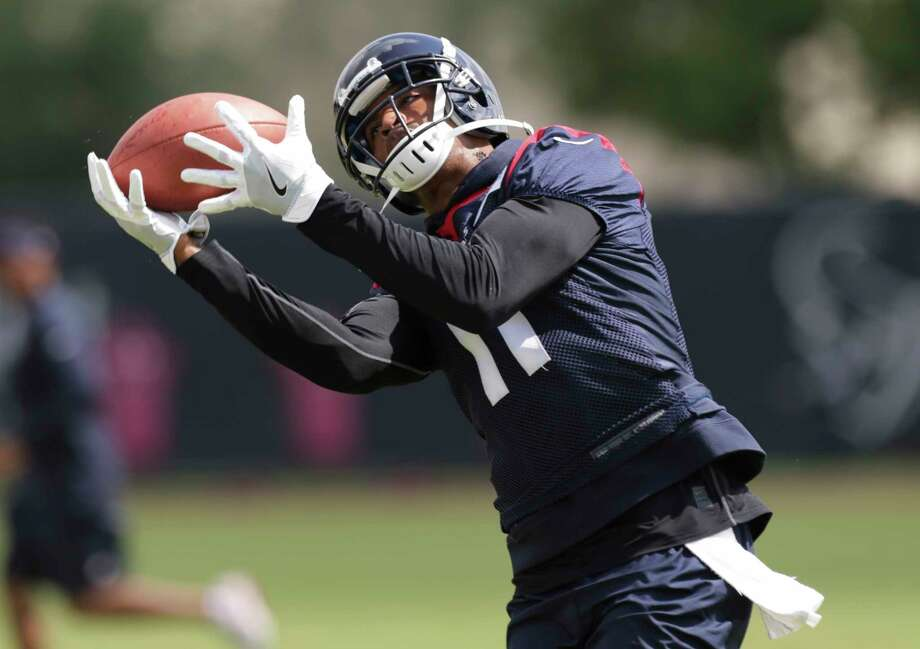 Houston Texans wide receiver Jaelen Strong during a practice drill at Texans minicap at Texans Practice facility Wednesday, June 14, 2017, in Houston. Photo: Yi-Chin Lee / © 2017  Houston Chronicle
