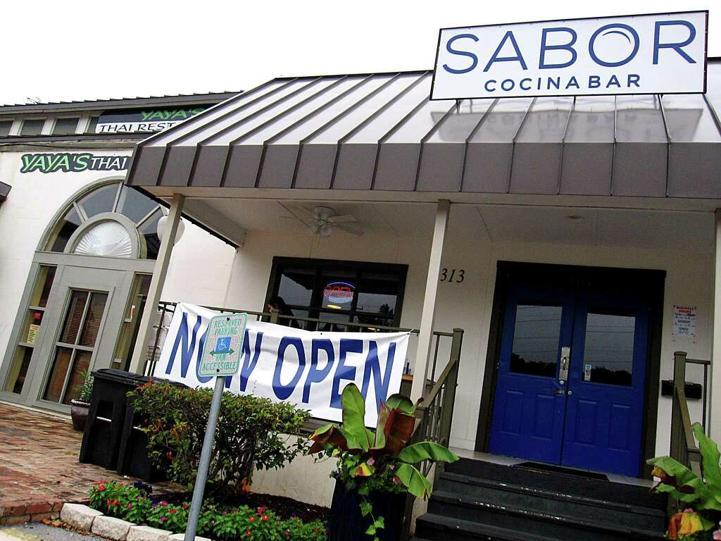 review olmos park u0027s sabor cocinabar still feels like a work in