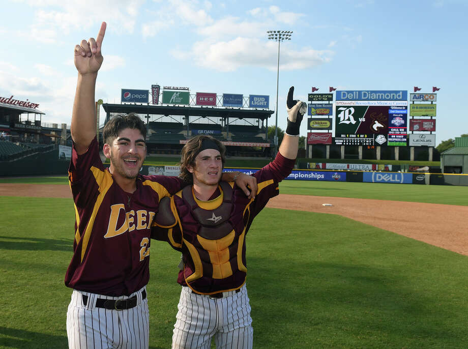 The senior battery of pitcher Adrian Gonzales, left, and catcher Reece Moon, helped Deer Park bring home the school's first baseball state championship this year. Photo: Jerry Baker, Freelance / Freelance