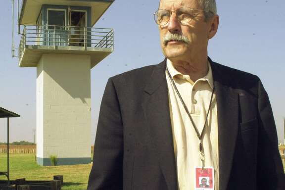 Texas Department of Criminal Justice spokesman Larry Fitzgerald, at the Smith Unit in Lamesa in 2000, witnessed 219 executions during his tenure.