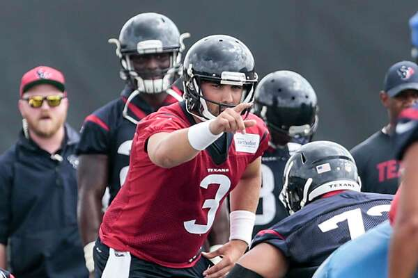 Houston Texans quarterback Tom Savage (3) lines up the offense during mini camp at The Methodist Training Center on Tuesday, June 13, 2017, in Houston. ( Brett Coomer / Houston Chronicle )